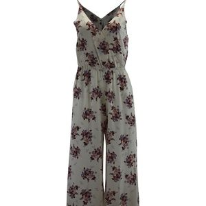 1. State Heritage Bloom Wildflower Wrap Front Jump